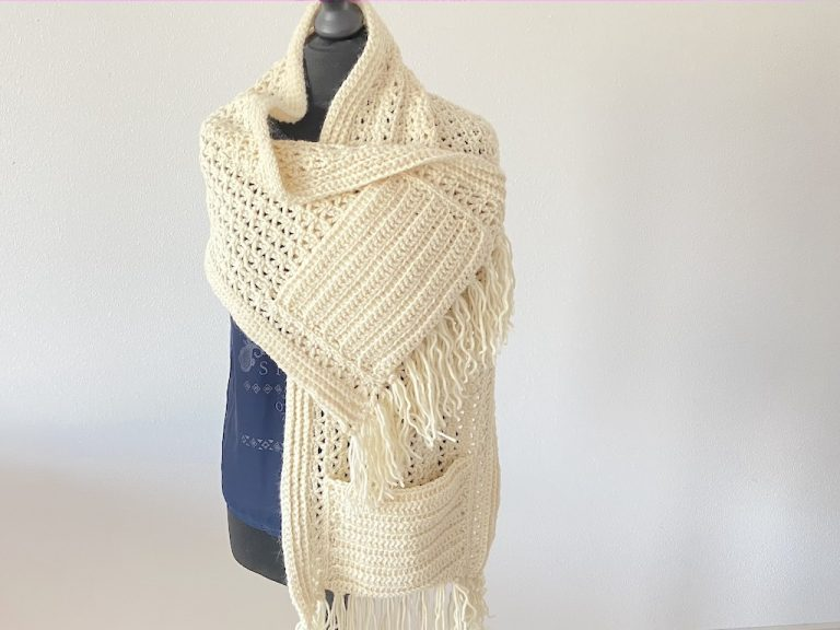 comfy pocket shawl crochet pattern